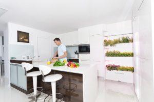 wallfarm_kitchen_white-970x647-c-620x414